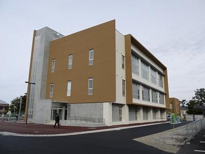 旭町キャンパス課外活動施設の外観