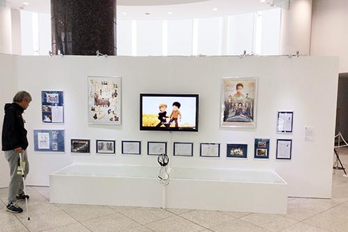 監修担当作品の『はちみつ色のユン』はオリジナルの絵コンテや背景画などおよそ50点が展示された