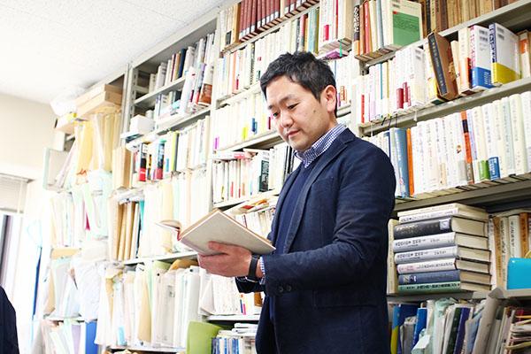 人文社会科学系(人文学部)中村元 准教授