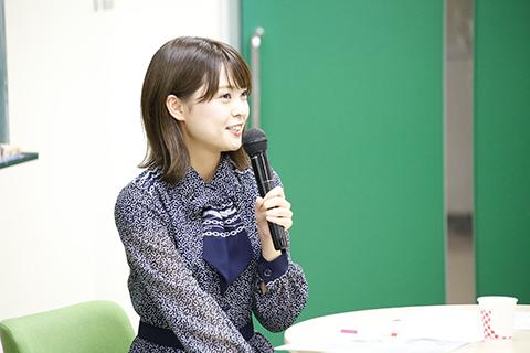 ゲストスピーカーの新潟県を代表するアイドルユニットNegiccoの本学工学部卒業Kaedeさん